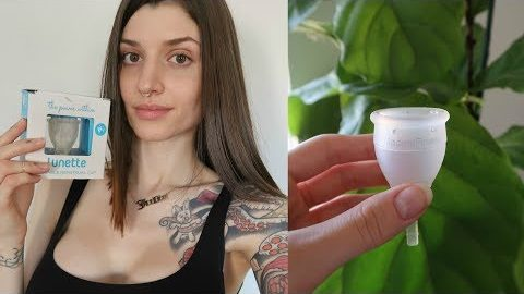 Trying a menstrual cup for the first time | Zero waste period